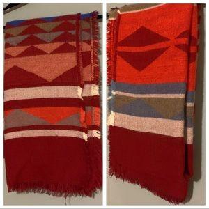 3/$20 ✨ Old Navy southwestern design blacket scarf